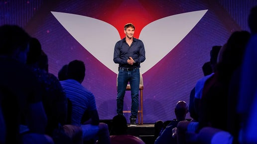 Keith Ferrazzi on stage