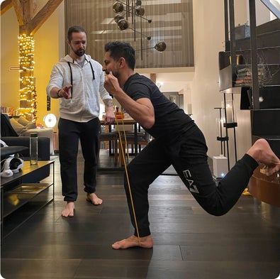 Ronan entrenando a Vishen (no en el gimnasio)